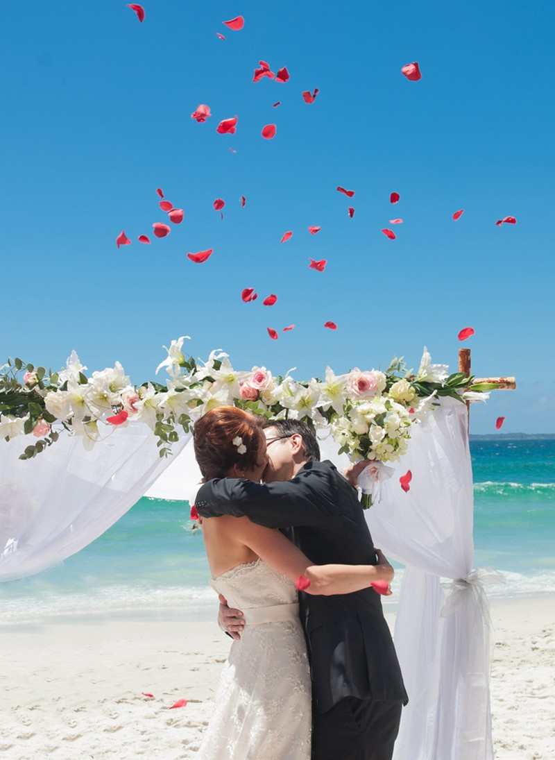 jervis-bay-beach-wedding2-b61b