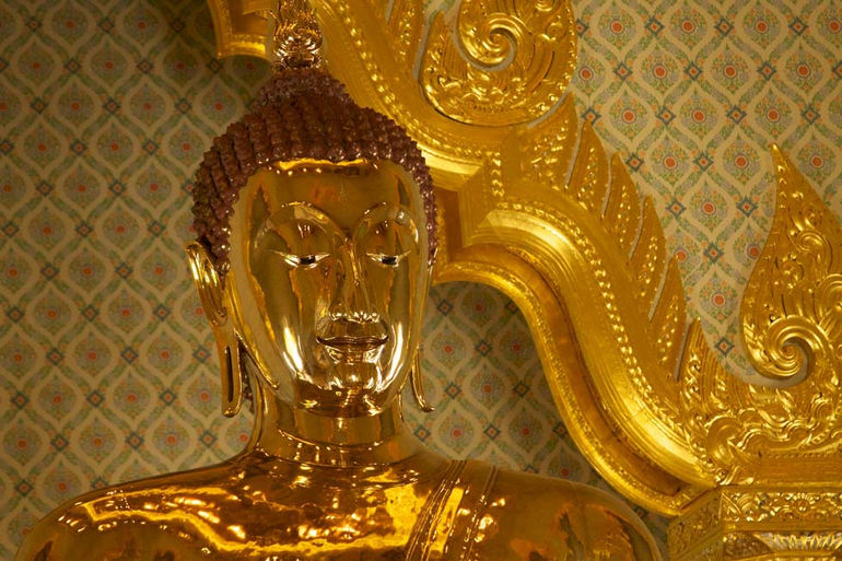 Golden Buddha at Wat Traimit