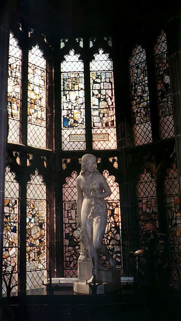 Статуя Леди Годивы в Старой Ратуше. Ковентри