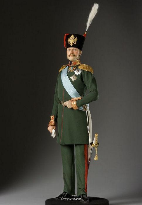 Николай I Павлович (1796–1855), российский император (1825–1855), третий сын Павла I. После смерти Александра I и отказа от престола великого князя Константина Николай был провозглашен императором 2 (14) декабря 1825 года