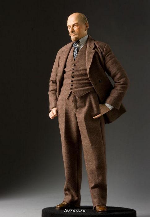 Владимир Ильич Ленин (1870–1924), революционер, политический деятель советской России, лидер большевистской революции, глава советского правительства (1917–1924)