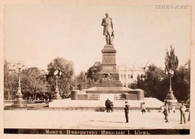 Монумент императору Николаю І
