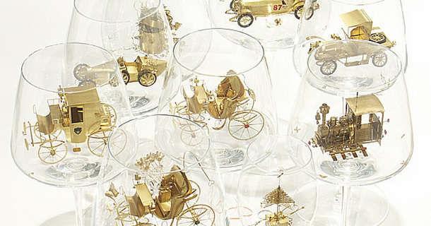 Миниатюры в бокалах от Szymon Klimek