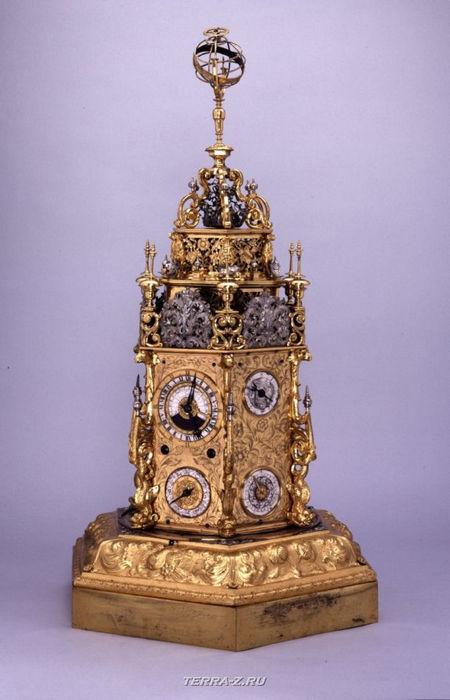 Уникальные механические стационарные часы. Бавария, Аусбург, 1680