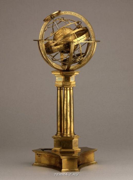 Уникальные механические стационарные часы. Франция, 1545-1555
