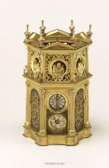 Уникальные механические стационарные часы. Франция, 1545