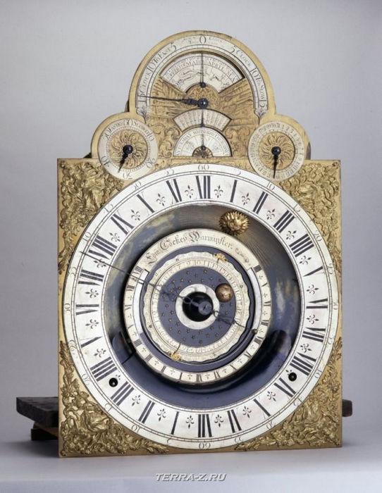 Уникальные механические стационарные часы. Англия, 1705-1715