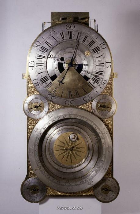 Уникальные механические стационарные часы. Англия, 1733