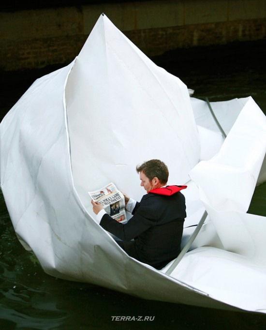 По Темзе на бумажной лодке