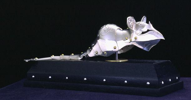 Доспехи для кошек и мышей от Jeff de Boer