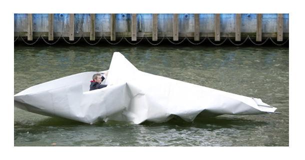 Вниз по Темзе на бумажной лодке