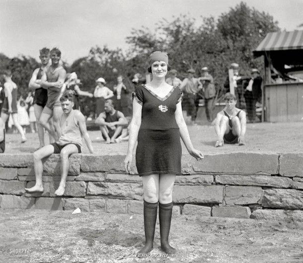 """Вашингтон, округ Колумбия, около 1920 года. """"Мод Миллер, пляж Потомак"""""""
