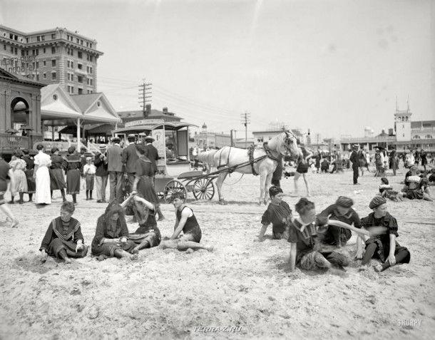 """1905 год. """"На пляже, Атлантик-Сити"""""""