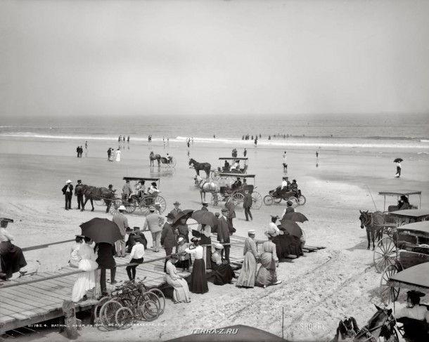 """Дейтона-Бич, штат Флорида, около 1904 года. """"На пляже"""""""