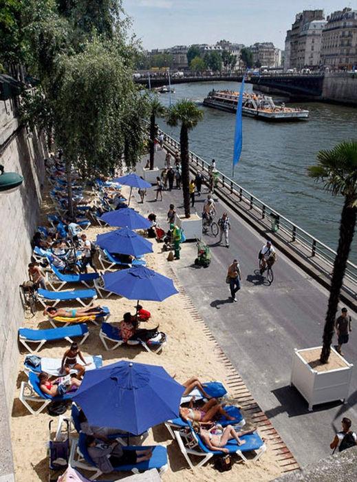 Искусственные пляжи Парижа