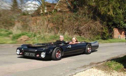 """Flatmobile"" – самый плоский автомобиль (Бакингемшир, Англия)"