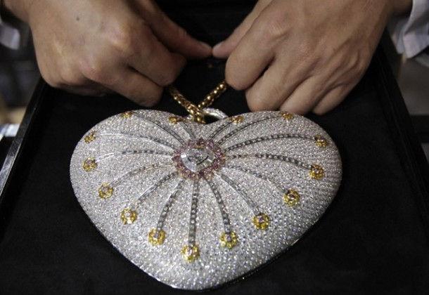 """1001 Nights Diamond Purse"" - самая дорогая дамская сумочка"