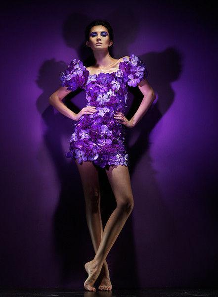 """""""In Flowers"""" - коллекция платьев из цветов от Елены Беленичиной (Платье из цветов орхидеи)"""