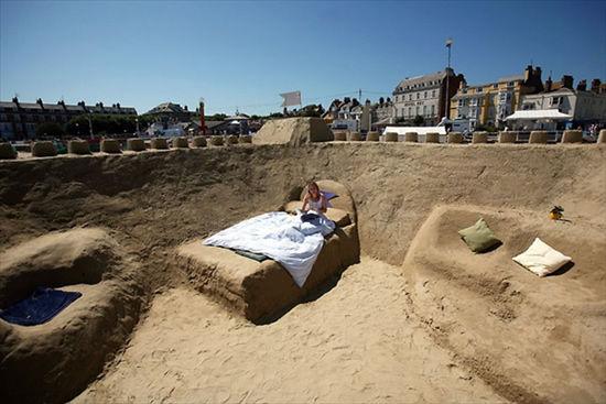 Отель из песка (Дорсет, Англия)