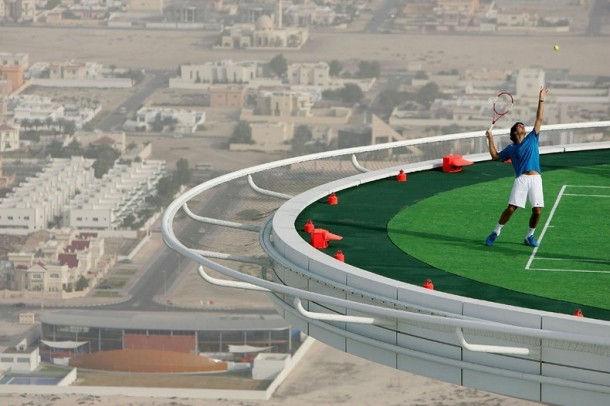 Самая высокая теннисная площадка (Дубаи)