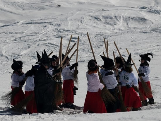 """Горнолыжный """"Фестиваль Ведьм"""" Belalp Hexe (Швейцария)"""