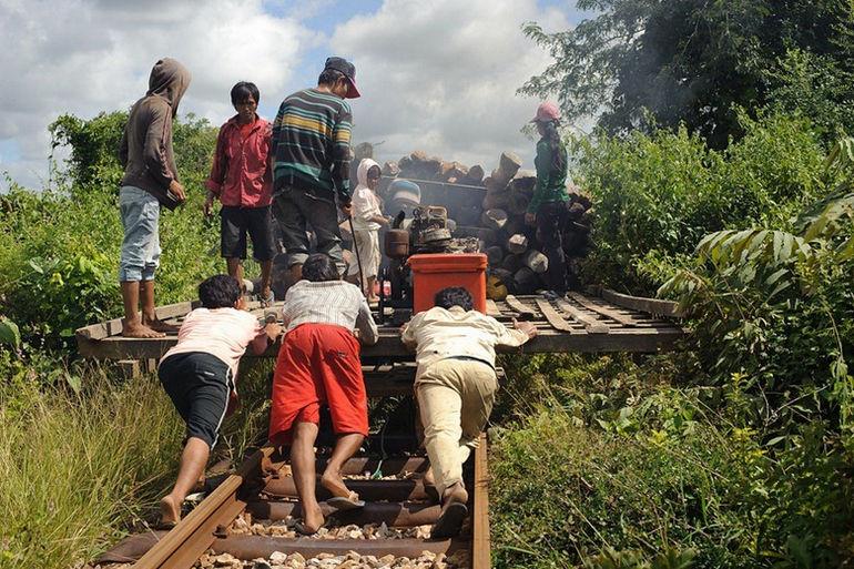 Бамбуковые поезда (Камбоджа)