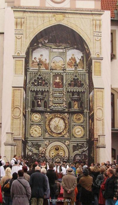Реконструкция астрономических часов в Оломоуце (Чехия)