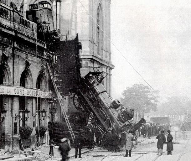 """Летающий паровоз"" на вокзале Монпарнас (1895г.)"