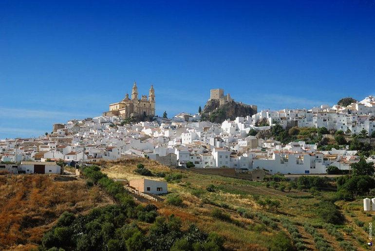 Белоснежная деревня Олвера (Испания)