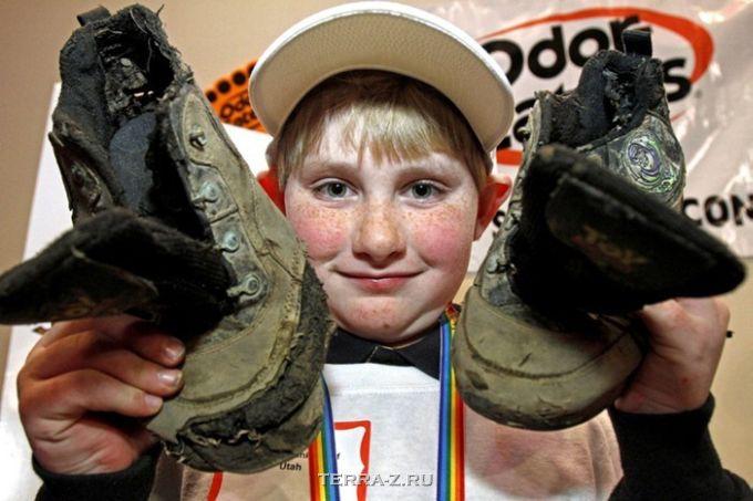 Конкурс самых вонючих кроссовок (Монпелье, США)