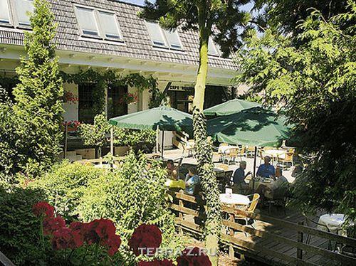 De Vrouwe van Stavoren – отель в винних бочках (Голландия)