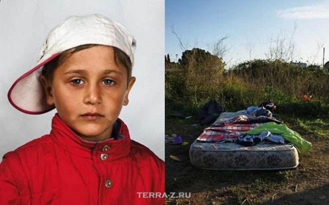 Дом для этого мальчика и его семьи, приезжих из Румынии - матрас в поле на окраине Рима