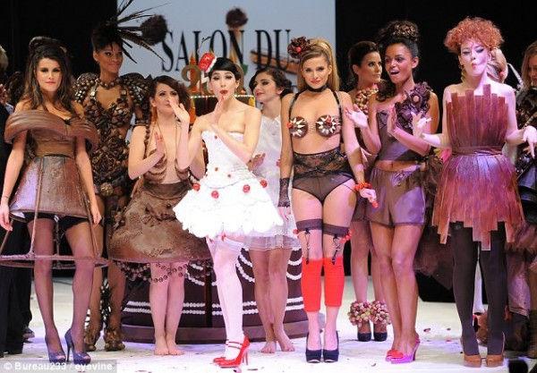 """Фестиваль мод """"Le Salon du Chocolat"""" (Париж, Франция)"""
