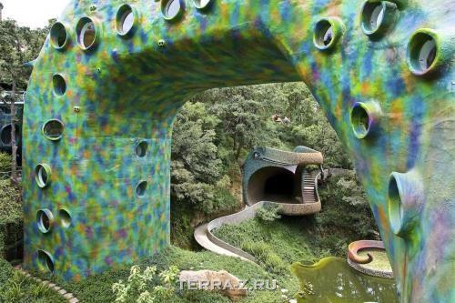 Змееобразный дом Гнездо Кецалькоатля (Мексика)