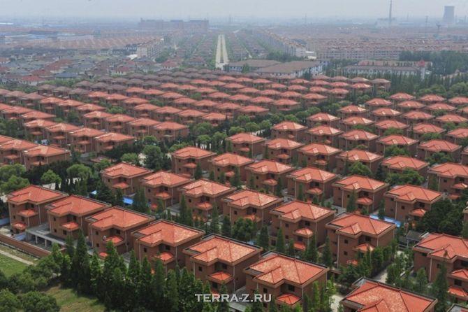 """Longxi International Hotel"" в деревне Хуаси (Китай)"