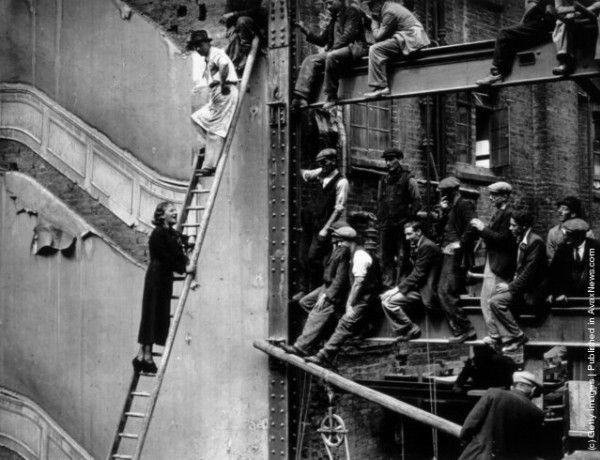 Монтажники на строительстве высотных домов (первая половина ХХ века)
