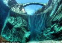 Река Верзаска – кристально чистая вода на глубине 15 метров (Швейцария)