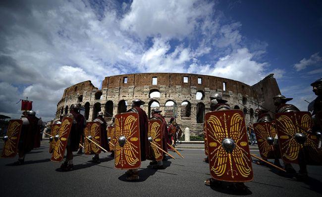 Парад Рождение Рима