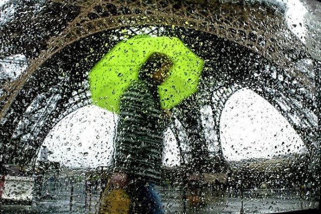 Дождливые фотографии Кристофера Жакро (Christophe Jacrot)