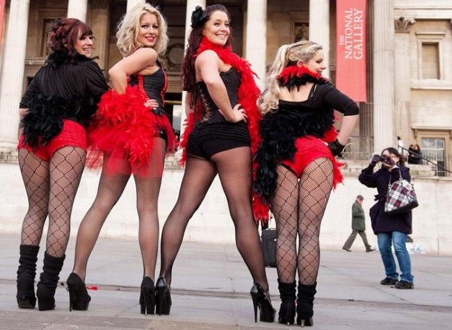 Самый многочисленный танец-бурлеск (Англия)