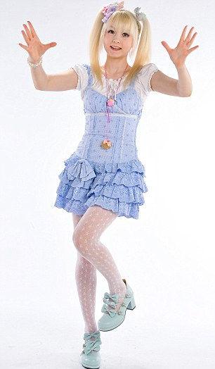 Венера: самая известная девочка-барби (Англия)