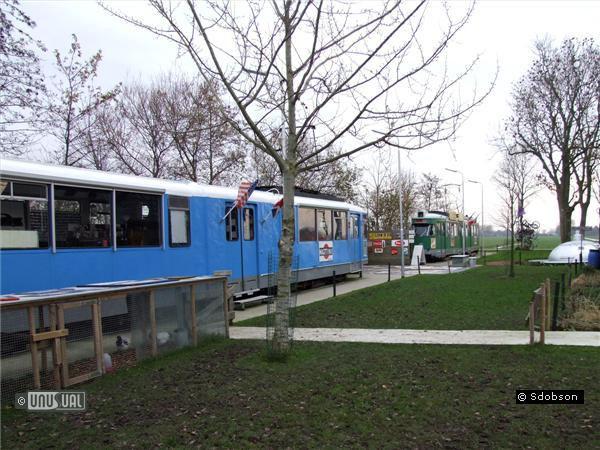 Необычные отели: отель в трамвайных вагонах (Голландия)