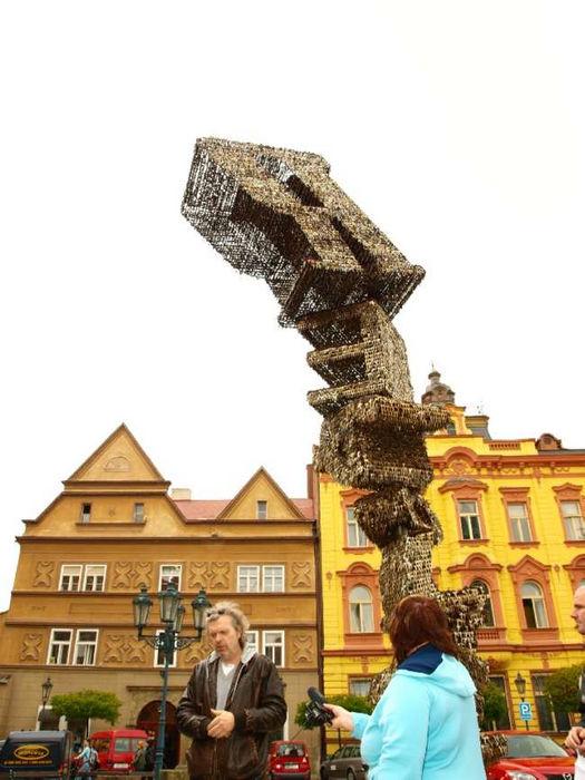 Необычные памятники: памятник из ключей в Праге (Чехия)