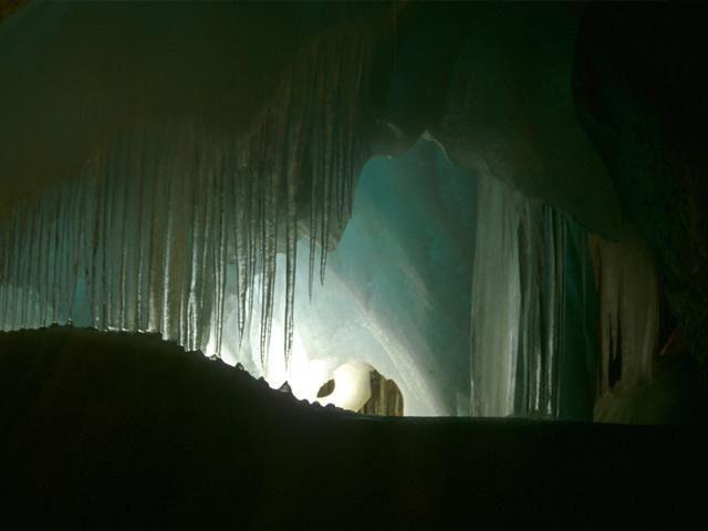 Эйсрайзенвельт: самая большая ледяная пещера (Австрия)