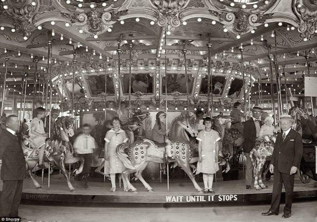 Развлекательные аттракционы в 1900 году (США)