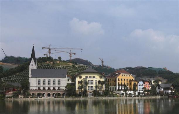 Китайская копия австрийской деревни Халлстат (Китай)
