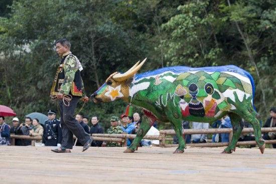 Фестиваль бычьего боди-арта (Китай)