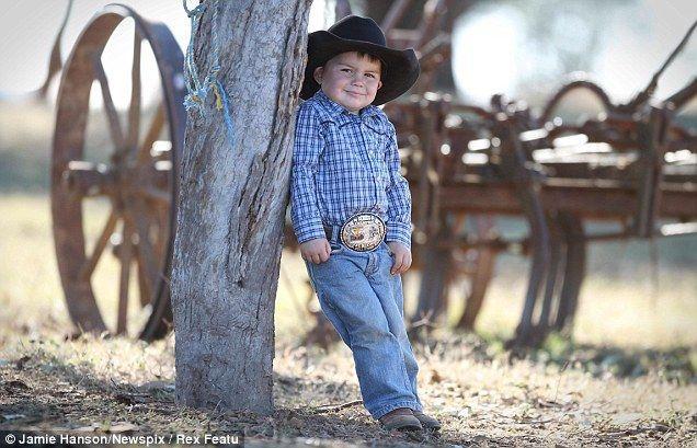 Ройс Гилл, двухлетний ковбой (Австралия)