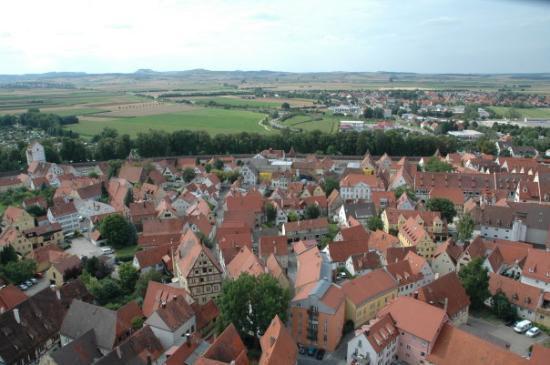 Нордлинген – город в метеоритном кратере (Германия)