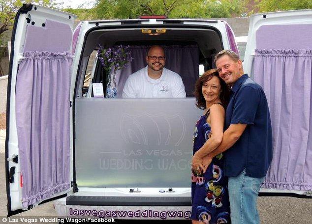 Las Vegas Wedding Wagon: самая быстрая свадьба (США)